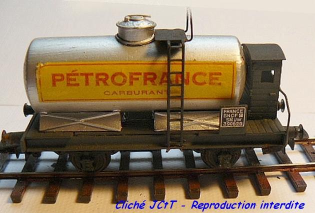 Wagons à 2 ess maquette citernes, foudres 1409081136228789712510136