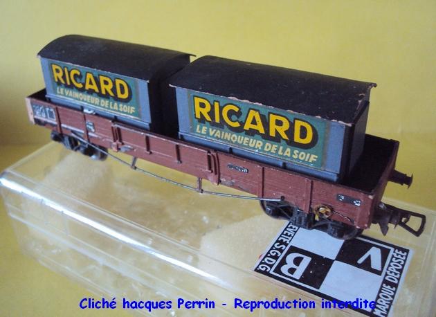 Wagons plats à bogies maquette et semi maquette chargés 1409100626398789712513696