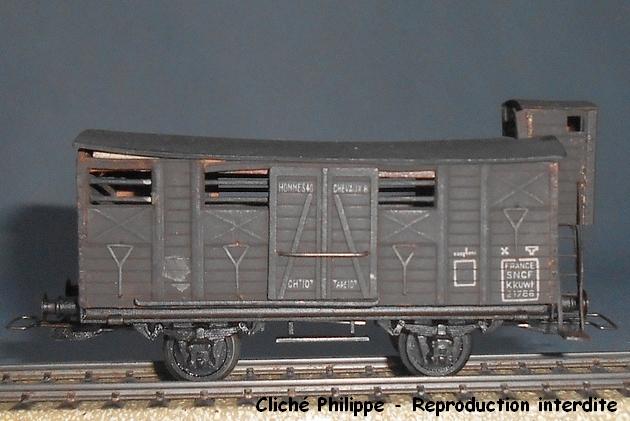 Wagons couverts 2 essieux maquette 1409100750398789712514238