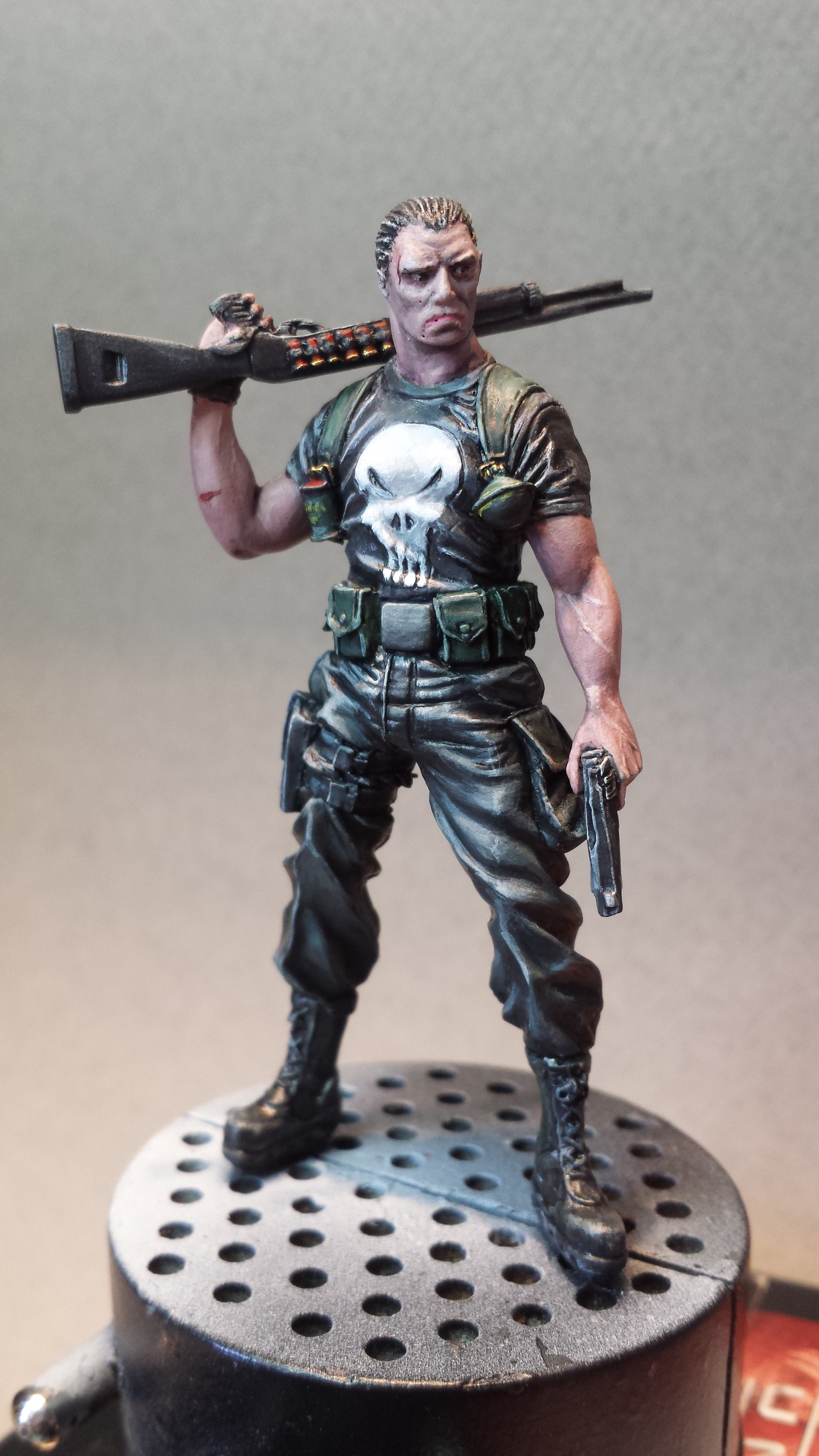 The punisher - Knight model 14091403083614336412520828