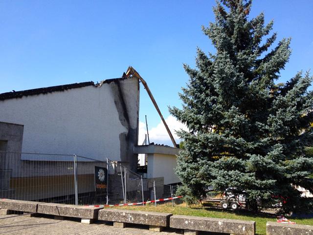2014 : Eglise du Lignon détruite par un incendie 1409160300161858212527327