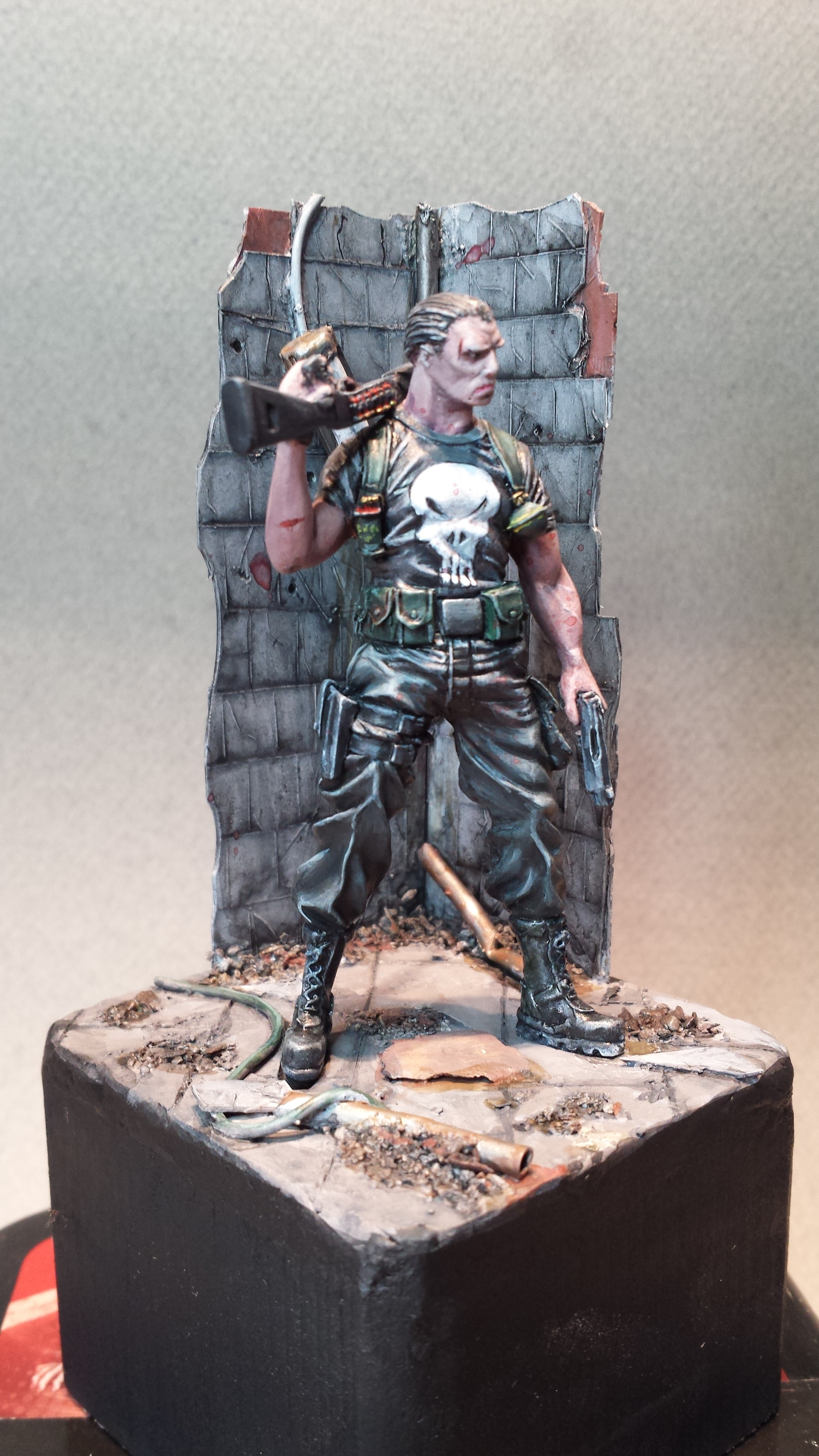 The punisher - Knight model 14091606360914336412528525