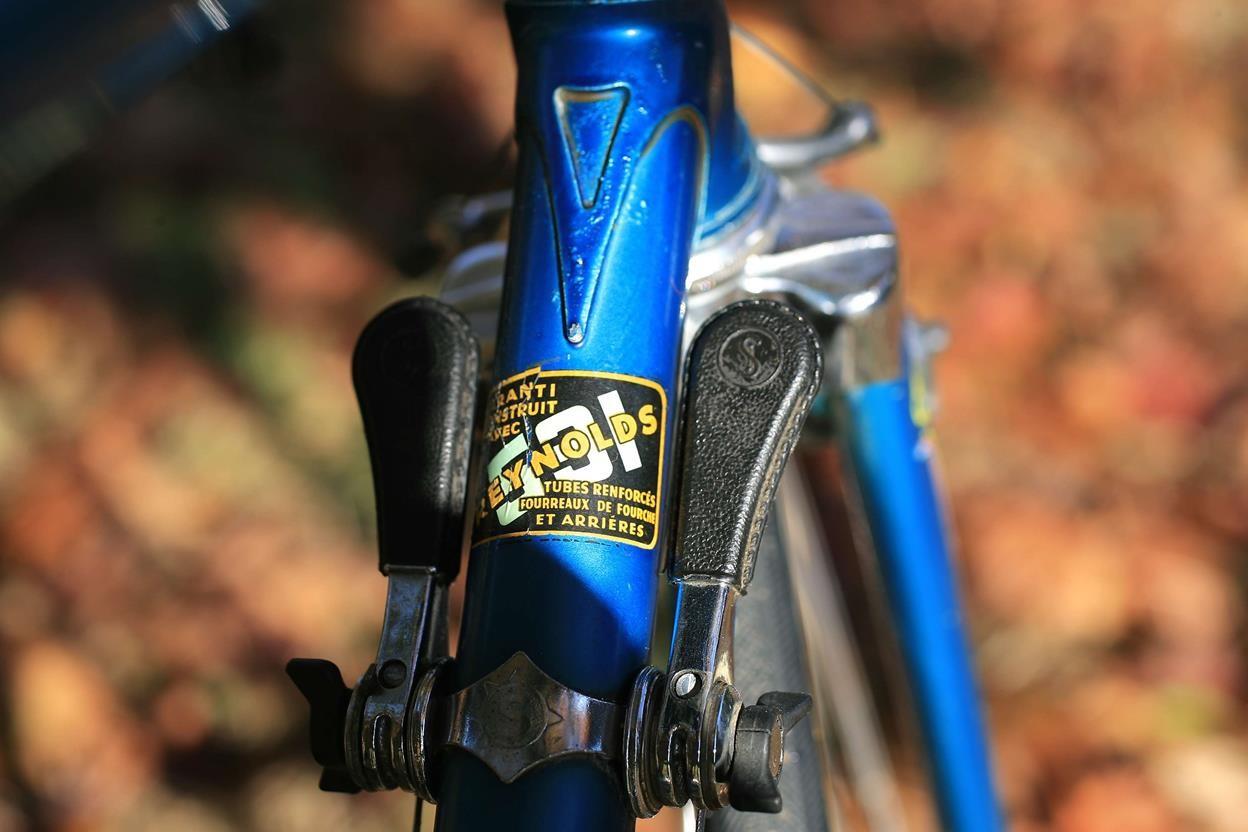 Encore un Gitane bleu... pour la route 14110502304717269712674931