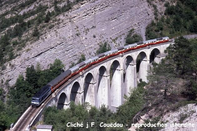 Les voitures panoramiques (Vista Dôme) 1411061032278789712677191