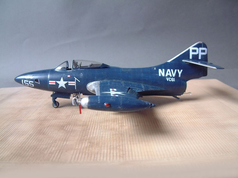 """[Trumpeter] F9F 2P """"Panther"""" - 1/48e 1411100215564769012692024"""