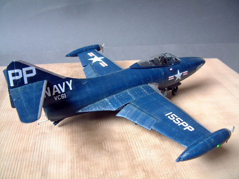 """[Trumpeter] F9F 2P """"Panther"""" - 1/48e 1411100215584769012692026"""