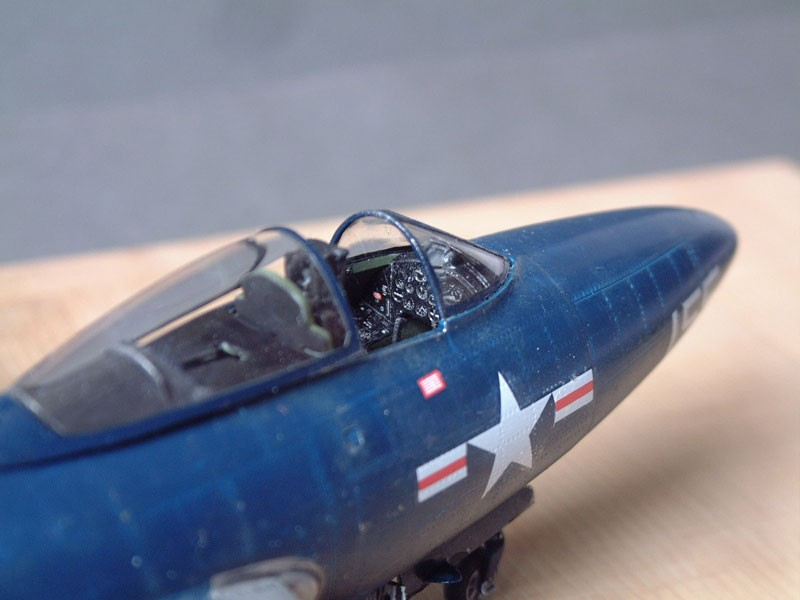 """[Trumpeter] F9F 2P """"Panther"""" - 1/48e 1411100215594769012692027"""