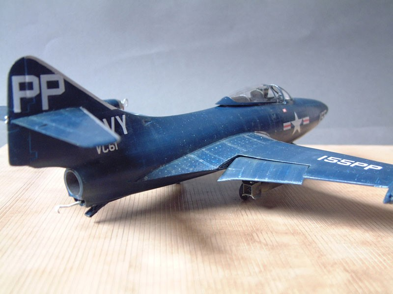 """[Trumpeter] F9F 2P """"Panther"""" - 1/48e 1411100216074769012692033"""