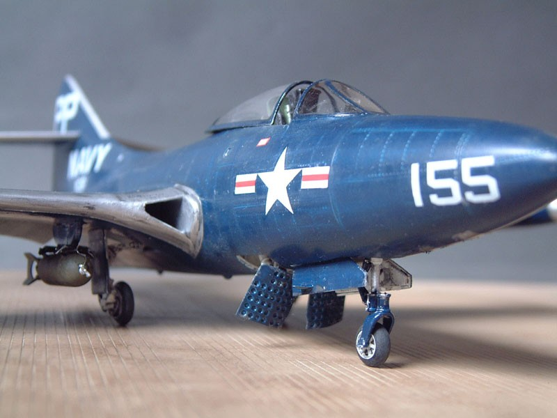 """[Trumpeter] F9F 2P """"Panther"""" - 1/48e 1411100216084769012692034"""