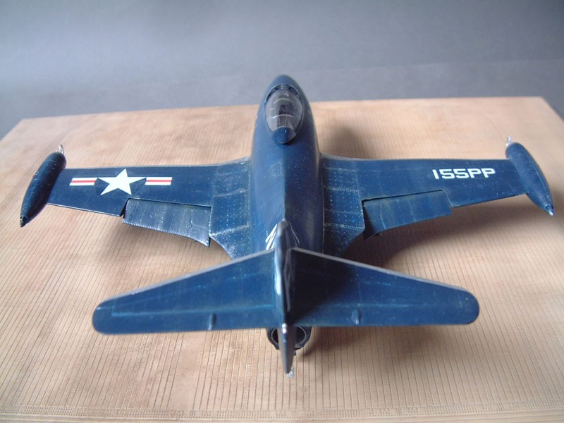 """[Trumpeter] F9F 2P """"Panther"""" - 1/48e 1411100216124769012692036"""