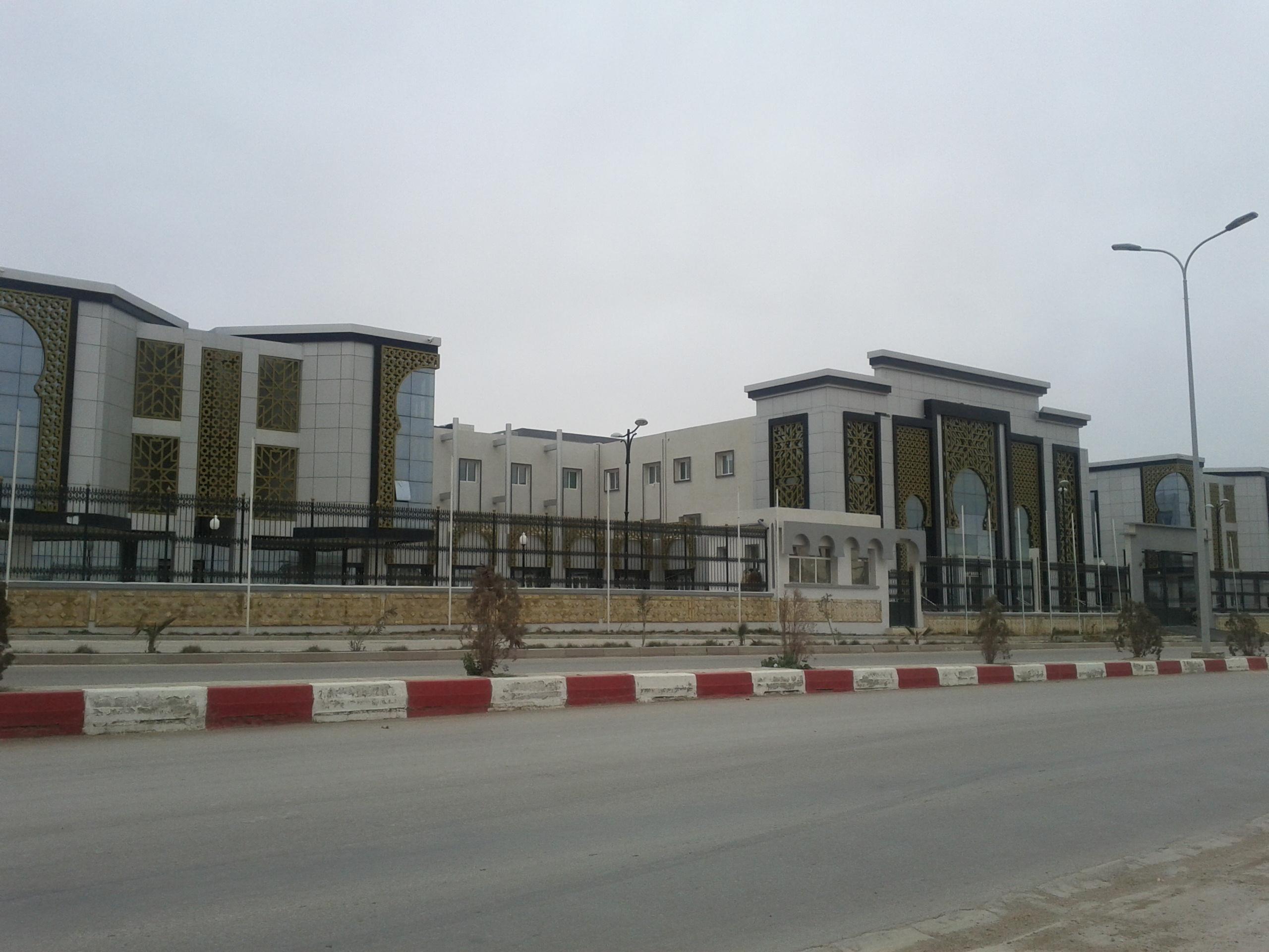 مشاريع المنشأت القاعدية بالجزائر - صفحة 4 14122209472518711112816512