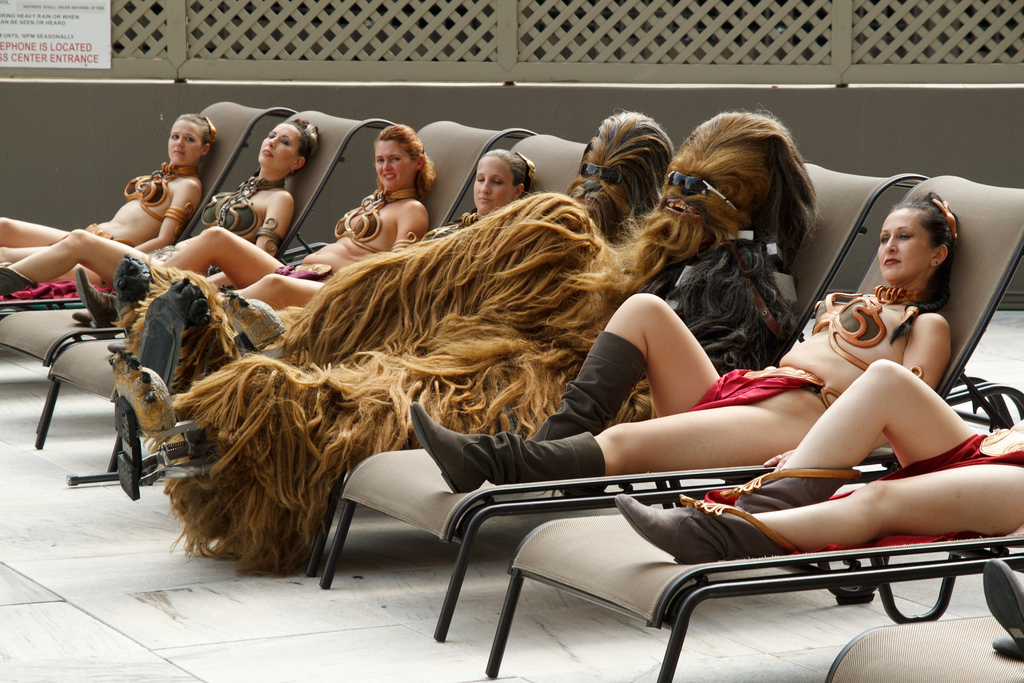 chewbacca and leias
