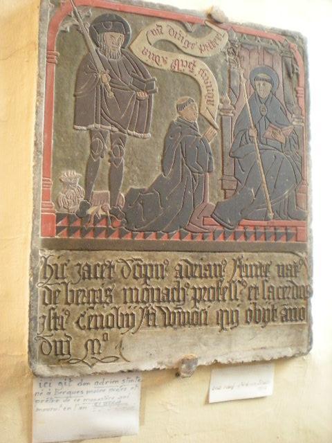 Frans-Vlaamse en oude Standaardnederlandse teksten en inscripties - Pagina 9 15012809514014196112914650
