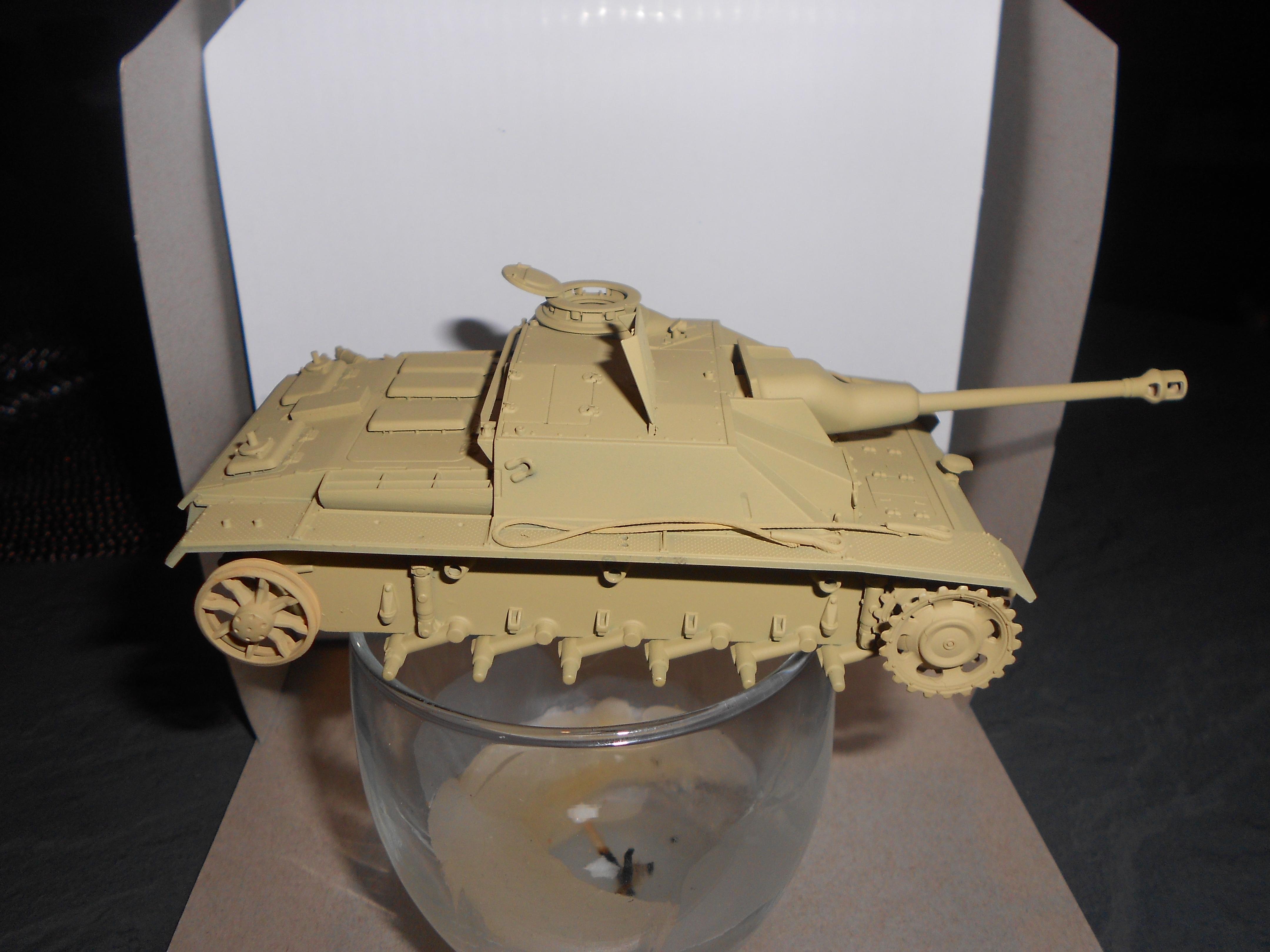 Sturmgeschütz - Tamiya 1/48 - Page 2 15020205171517757012928042
