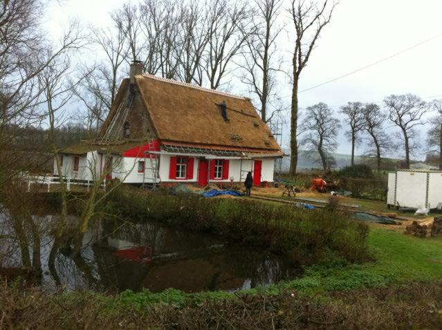 De strodaken van Frans-Vlaanderen - Pagina 2 15020804125414196112943936