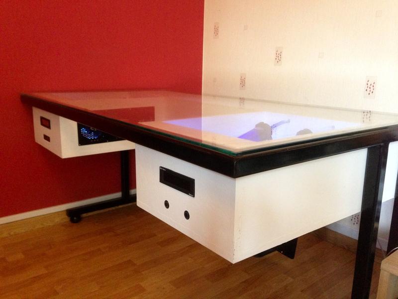 desk mod last level geoffroy modding computer msi watercooling (1)