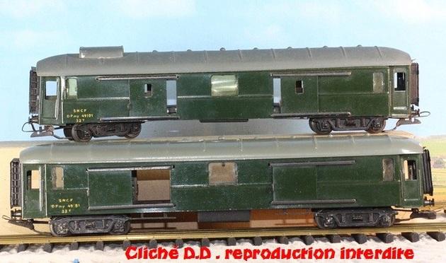 WAGONS MARTIN/FEX-MINIATRAIN 4 éme série 1953/54 1ère partie wagons longueur 23 cm 15021008205216773112952073