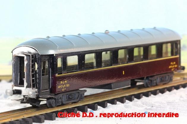 WAGONS MARTIN/FEX-MINIATRAIN 4 éme série 1953/54 1ère partie wagons longueur 23 cm 15021008210516773112952085