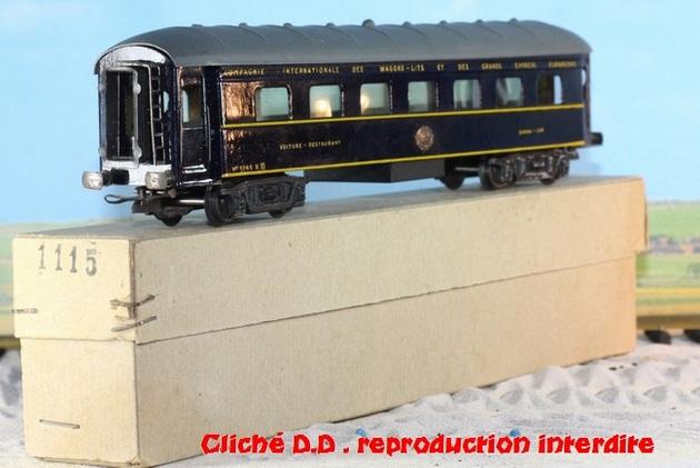 WAGONS MARTIN/FEX-MINIATRAIN 4 éme série 1953/54 1ère partie wagons longueur 23 cm 15021008211216773112952091
