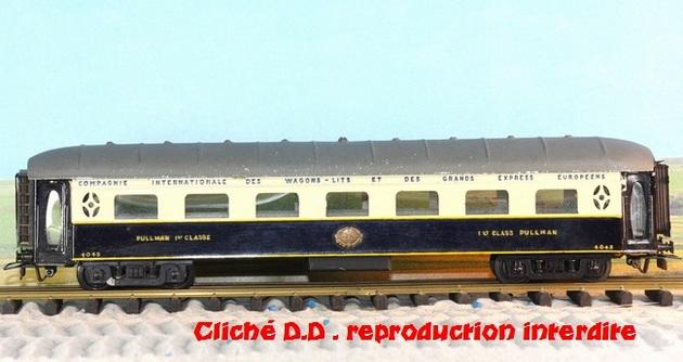 WAGONS MARTIN/FEX-MINIATRAIN 4 éme série 1953/54 1ère partie wagons longueur 23 cm 15021008211416773112952094