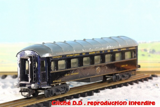 WAGONS MARTIN/FEX-MINIATRAIN 4 éme série 1953/54 1ère partie wagons longueur 23 cm 15021008212316773112952100