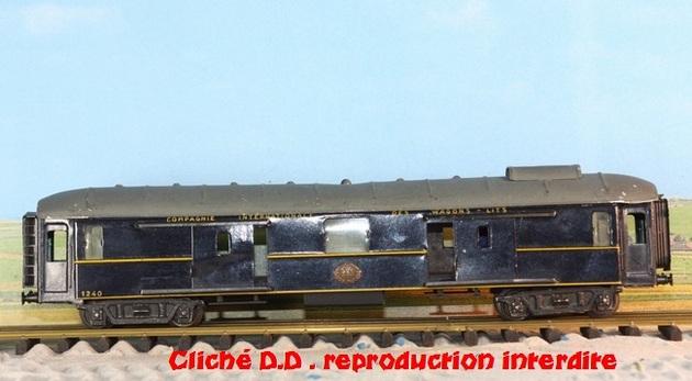 WAGONS MARTIN/FEX-MINIATRAIN 4 éme série 1953/54 1ère partie wagons longueur 23 cm 15021008213116773112952105