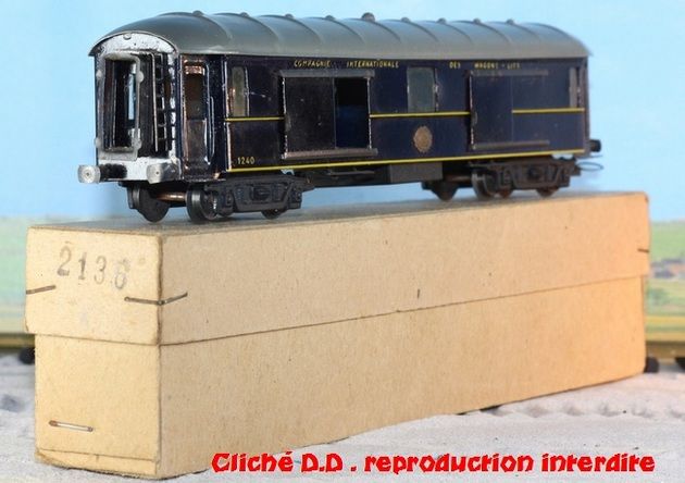 WAGONS MARTIN/FEX-MINIATRAIN 4 éme série 1953/54 1ère partie wagons longueur 23 cm 15021008214316773112952108