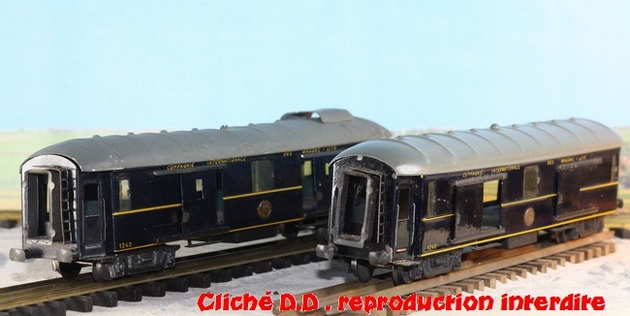 WAGONS MARTIN/FEX-MINIATRAIN 4 éme série 1953/54 1ère partie wagons longueur 23 cm 15021008214716773112952112