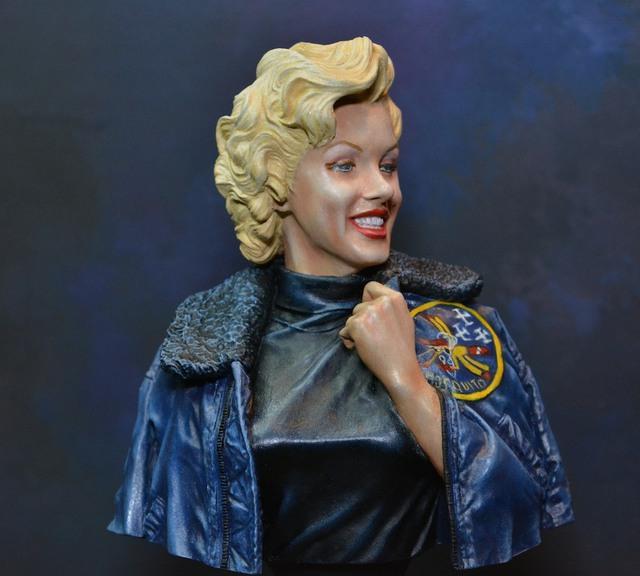 Marilyn Monroe: Korea USO Tour Février 1954.  FINIE 15021111083616819912953015