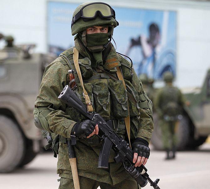 """Frontière Russo-Ukrainienne , de nos jours - (""""what if"""" à base Meng et Evolution Miniatures au 1/35) 15022512295412278513007376"""