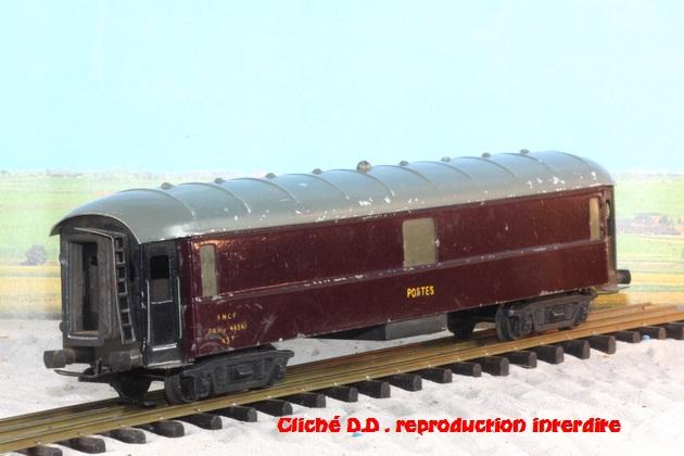 WAGONS MARTIN/FEX-MINIATRAIN 4 éme série 1953/54 1ère partie wagons longueur 23 cm 15031009282616773113055023