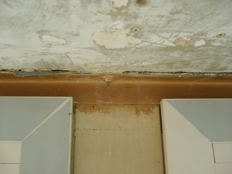 Habillage d 39 un mur bizarre avec ossature mettalique - Habillage bas de mur ...