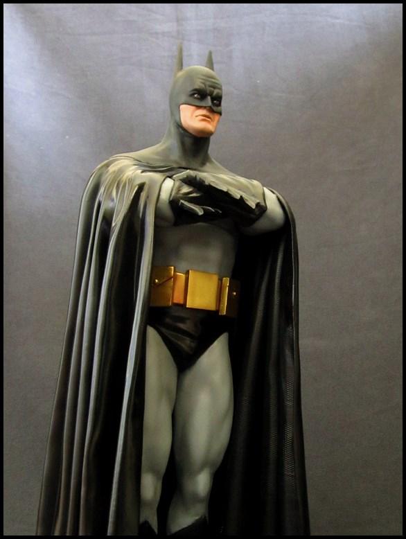 Batman Alex Ross statue 1/4 15032003305516083613088043