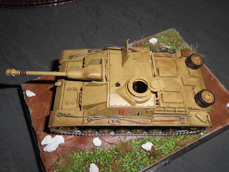 Sturmgeschütz - Tamiya 1/48 - Page 2 15040111492917757013130001