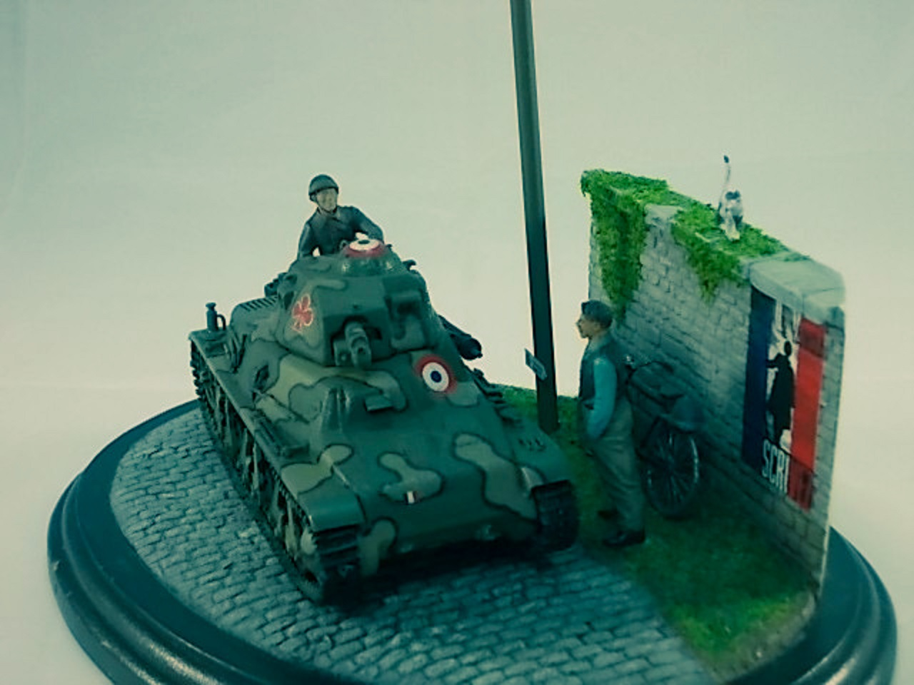 Diorama H-35 Campagne de France... 15040504294710194413142628