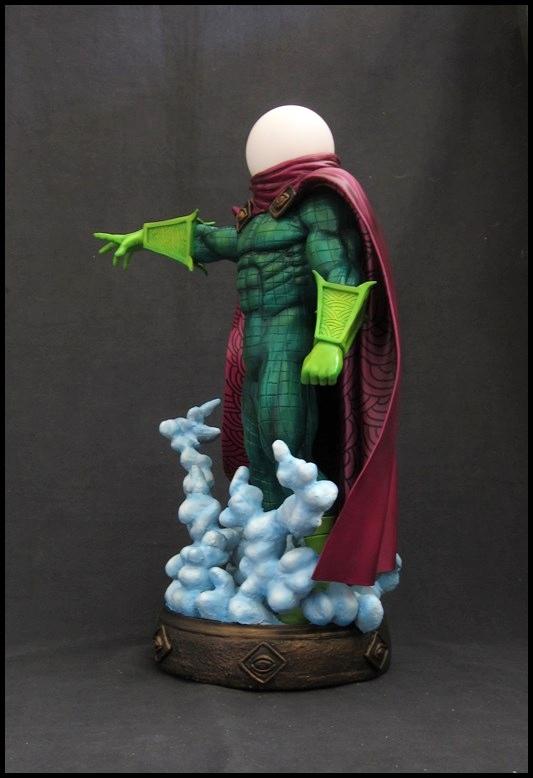 Mysterio statue 1/4 15050209173716083613226495