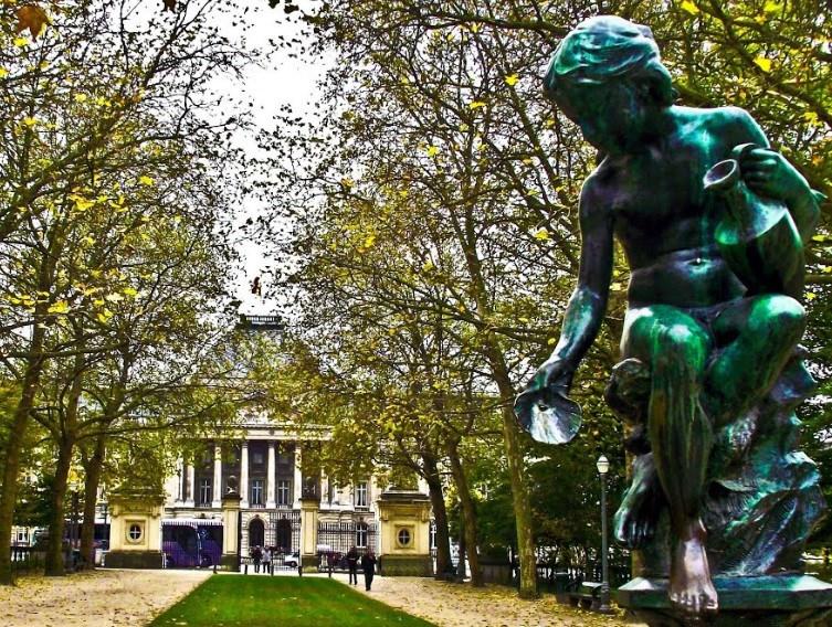 Bruxelles : Grand-Place, Parc Royal, Manneken'Pis... 15051708084919075513276382