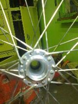 Moyeu avant Superlight (Xtralight) Brompton : remplacement des roulements Mini_15060307511712985513327833