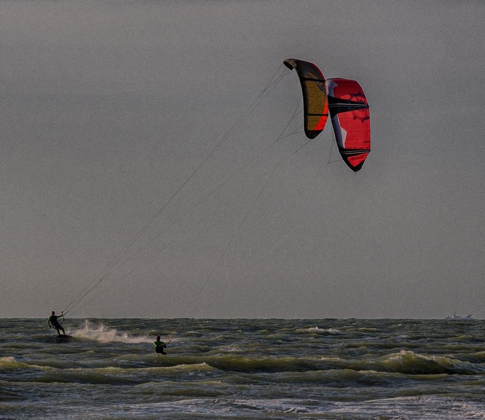 Vent et plage: kite surf 15061306185214373713362892