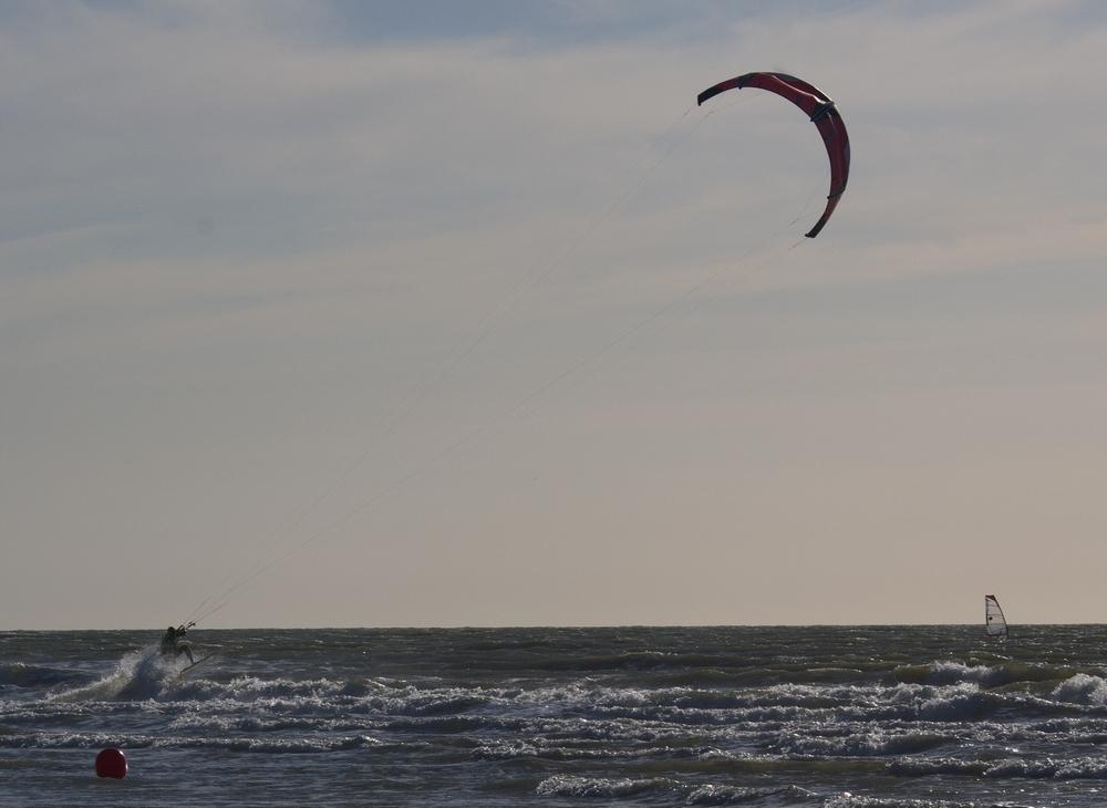 Vent et plage: kite surf 15061306191514373713362896