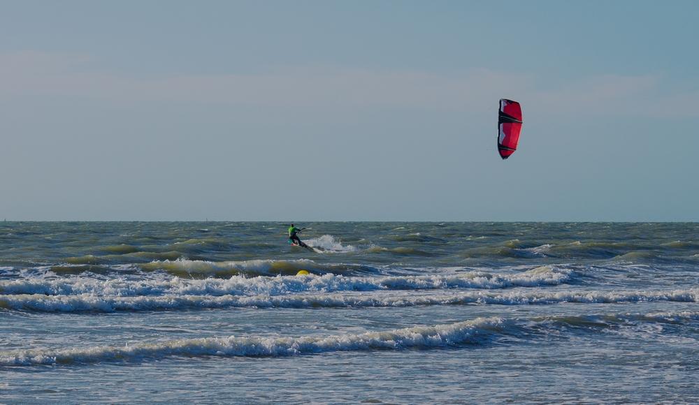 Vent et plage: kite surf 15061306192114373713362897