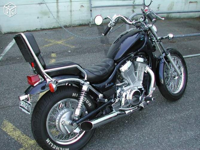 VS 750 (Bellegarde-sur-Valserine - 01) 15061611001111002113370857