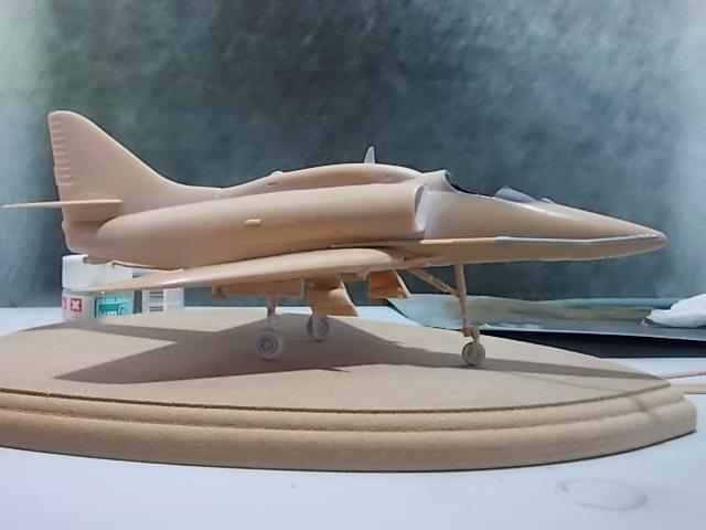 "A-4U ""Free Kuwait 819"" [Hobby World 1/48] 15070508062510194413421746"