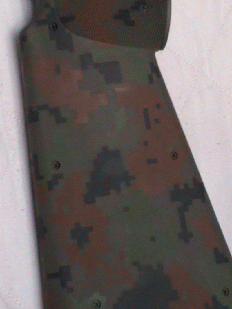Peintures sur répliques d'airsoft 15080907091717586413496324