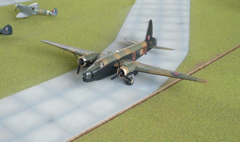 Base aérienne RAF - Page 2 1508141051394926913509444