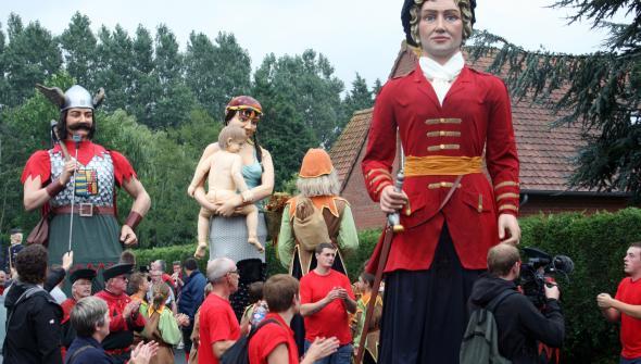 De reuzen van Frans-Vlaanderen 15082611272314196113533804