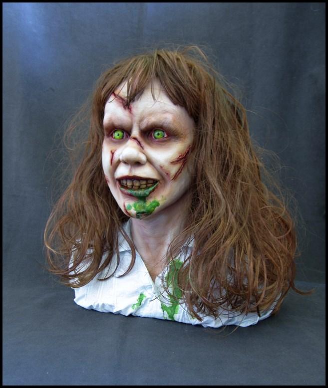Exorciste buste échelle 1 15082902394016083613542701