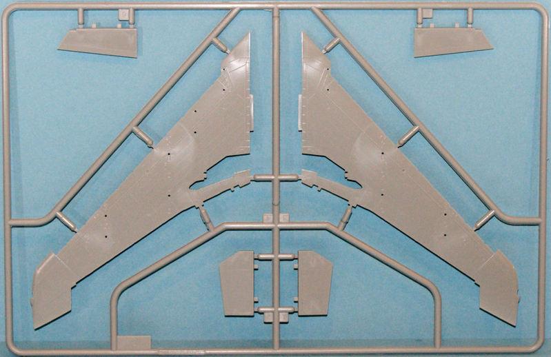 N.A. F-100D Super Sabre [Trumpeter 1/48] 15090106402710194413548107