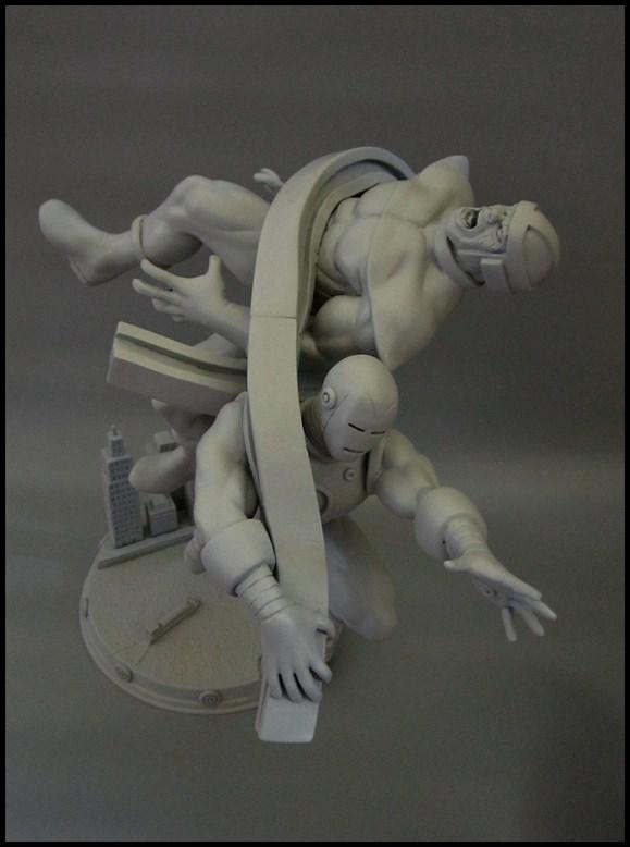 Diorama Iron man vs controleur 15091104481516083613574427