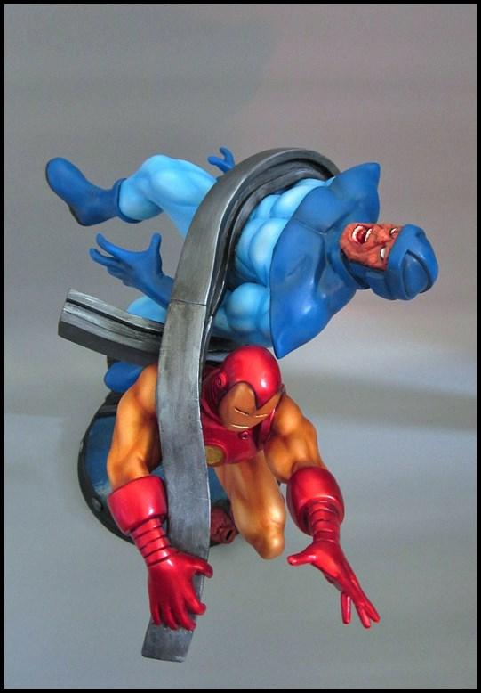 Diorama Iron man vs controleur 15091406092916083613581585
